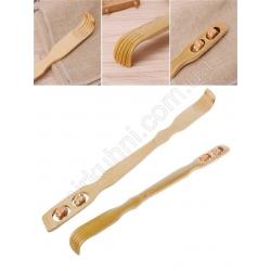 Массажер - чесалка с роликом - деревянная № 1224